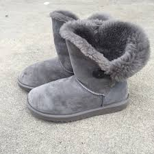 s ugg bailey boots 83 ugg boots ugg australia sz 9 bailey button boots shoes
