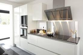 tole inox pour cuisine credence cuisine miroir crdence en verre sur mesure avec led
