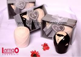 wedding gift jakarta 26 best arief if souvenir images on wedding souvenir