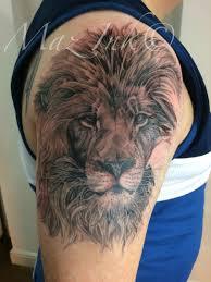 sheffield tattoo artist maz 20 years experience in custom
