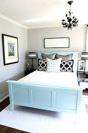 Paint Colors For A Small Bedroom  Tlingoco - Choosing bedroom paint colors