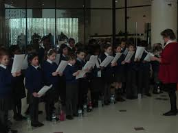 bromley pupils serenade christmas shoppers cafod