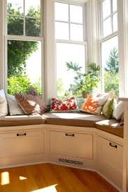 Bay Window Seat Kitchen Table by How To Build A Victorian Bay Window Seat With Storage Victorian