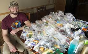 food care packages 100 care packages and one 19 year fast food worker needing