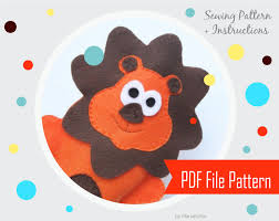 lion puppet lion puppet pattern lion puppet felt lion sewing