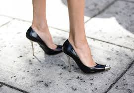 7 signs your heels aren u0027t the right size u2014 photos