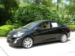 2012 hyundai accent se hatchback review 2012 hyundai accent gls sedan the about cars