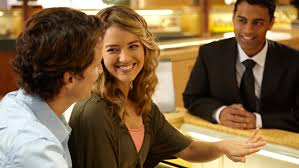 buying engagement ring how to purchase the engagement ring