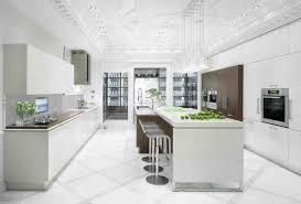 cuisine sol blanc cuisines blanches de luxe et de couleur blanc ilot de cuisine
