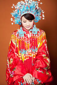 beautiful traditional dresses from around the whole world by