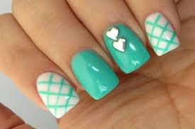 easy nail art designs for short nails at home without tools