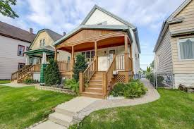 2848 s 9th pl for sale milwaukee wi trulia