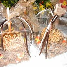 candy apples boxes boxed caramel apples for fall weddings http www daffyapple p