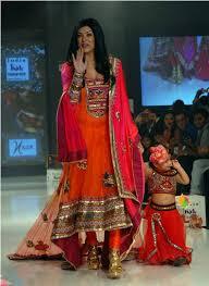 sushmita sen walks india kids fashion show xcitefun net