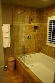 Small Bathrooms With Tubs Best 25 Soaker Tub Ideas On Pinterest Bathtubs Soaker Tub With