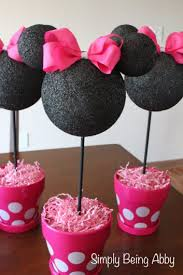 baby shower centerpieces 41 easy to make baby shower centerpieces cheekytummy