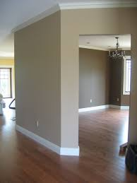 What Are The Best Colors To Paint A Living Room Our Favorite Colors Hallway Walls Trim Work And Dinnerware