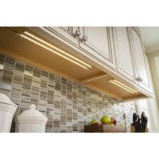kitchen cabinet lighting canada utilitech 2 pack 18 in in cabinet led light