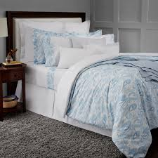luxury linens u0026 bedspreads high quality bedding bloomingdale u0027s