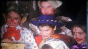1493 children dressed in costumes on halloween night go house to