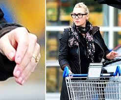 kate wedding ring kate winslet s wedding ring pictures popsugar