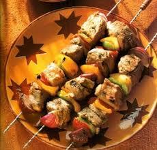 cuisine turc chiche kebab brochettes de viande grillée typiquement turc le