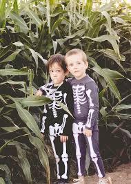 comment faire un maquillage de squelette costume halloween enfant à faire soi même u2013 14 idées à essayer