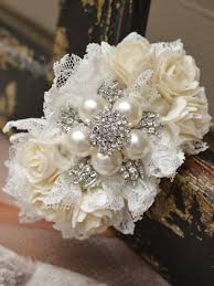 Where To Buy Corsages For Prom Best 25 Brooch Corsage Ideas On Pinterest Brooch Boutonniere