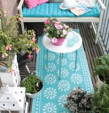 Outdoor Balcony Rugs Decorating Ideas For Your Small Balcony Signature Communities