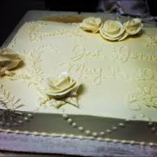 cut down your wedding costs by ordering a sheet cake idea in