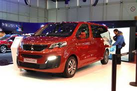 peugeot traveller business new peugeot traveller mpv revealed at geneva motor show auto express