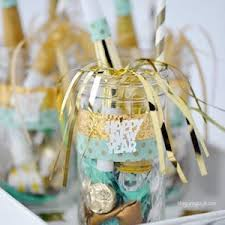 cheap new years party favors 100 best new year s party ideas prudent pincher