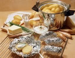 pomme de terre en robe de chambre pommes de terre au four ou en robe de chambre recette robe de