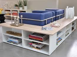 étagère derrière canapé diy créer une bibliothèque autour du canapé leroy merlin