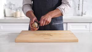sur la table cutting board sur la table y peeler youtube