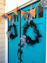 halloween wreaths diy garage sale halloween wreath diy