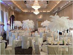 Feather And Flower Centerpieces by Grosse Plume Blanches Dans Vase Deco Table Weddings Pinterest