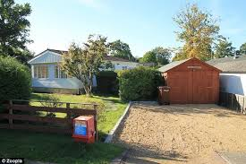 One Bedroom Trailer Property Prices Of Mobile Homes Reach 500k Daily Mail Online