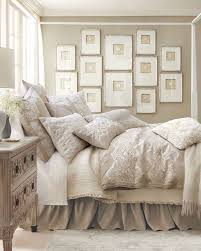 chambre blanc et taupe chambre blanc et peinture mur couleur taupe beige d cor