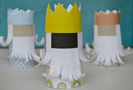 creation avec des rouleaux de papier toilette activités de noël pour les petits les rois mages