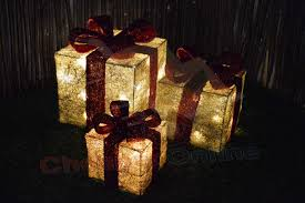 set of 3 led battery powered light up christmas present boxes