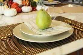 12 modern thanksgiving table setting ideas