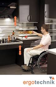 cuisine adapté handicap la cuisine ergotechnik de selfconfort un nouveau concept de