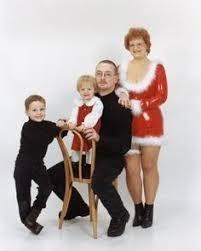 johnson family christmas photos just threw up a little