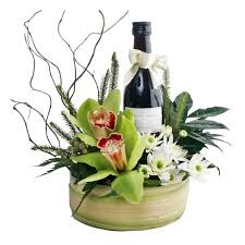 wine gift basket delivery wine gifts basket delivery singapore bf4130 arrangement