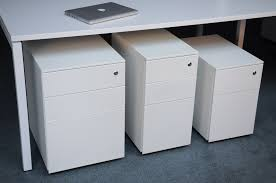 Office Tables Arrow Group Formetiq Office Furniture System Best Quality Design