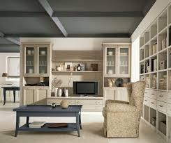 pareti sala da pranzo soggiorno arredato in stile classico