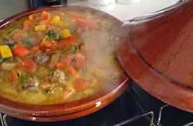 maroc cuisine traditionnel recette du tajine traditionnel marocain à l agneau recette com