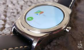 android wear price review lg urbane is a beautiful disaster to rival apple
