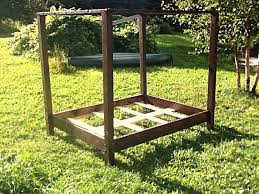Wood Canopy Bed Frame Queen by 25 Best Wood Canopy Bed Ideas On Pinterest Canopy For Bed